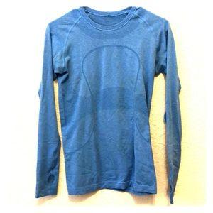 Long sleeve lulu workout shirt